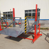 Movable unloading hydraulic lift tables